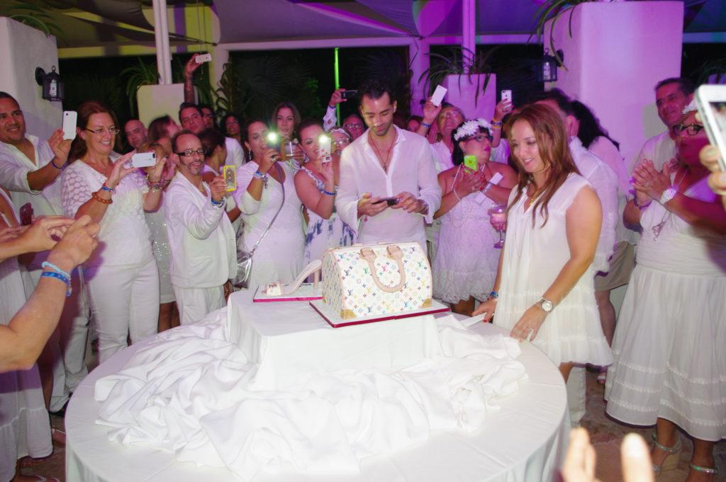 Jcakes Makes The Birthday Cake For Latin Superstar Adamari Lopez In