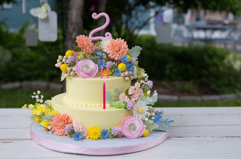 JCakes makes a cake for David Tutera's Daughter