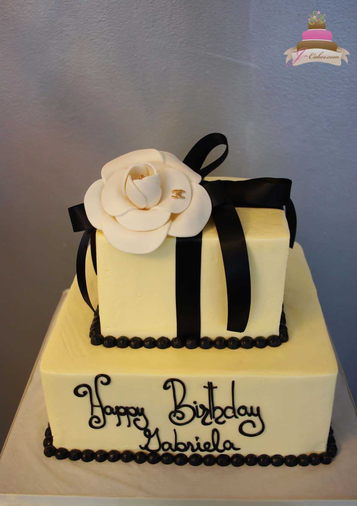 (159) Chanel Flower Birthday Cake