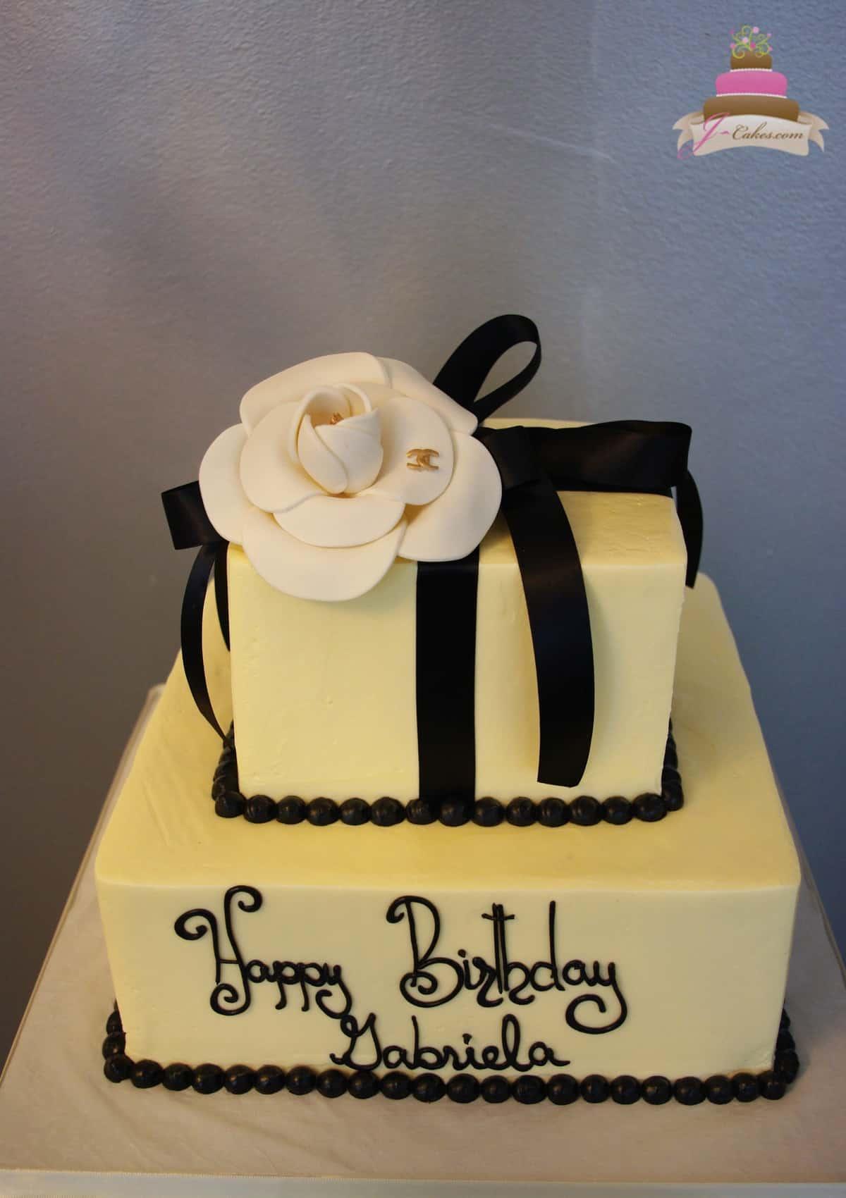 (159) Chanel Flower Birthday Cake
