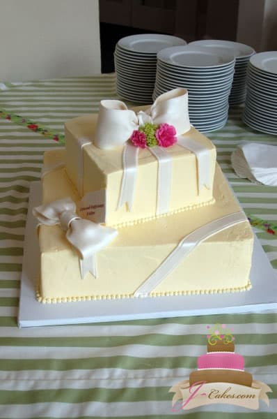 (301) Gift Box Bridal Shower Cake