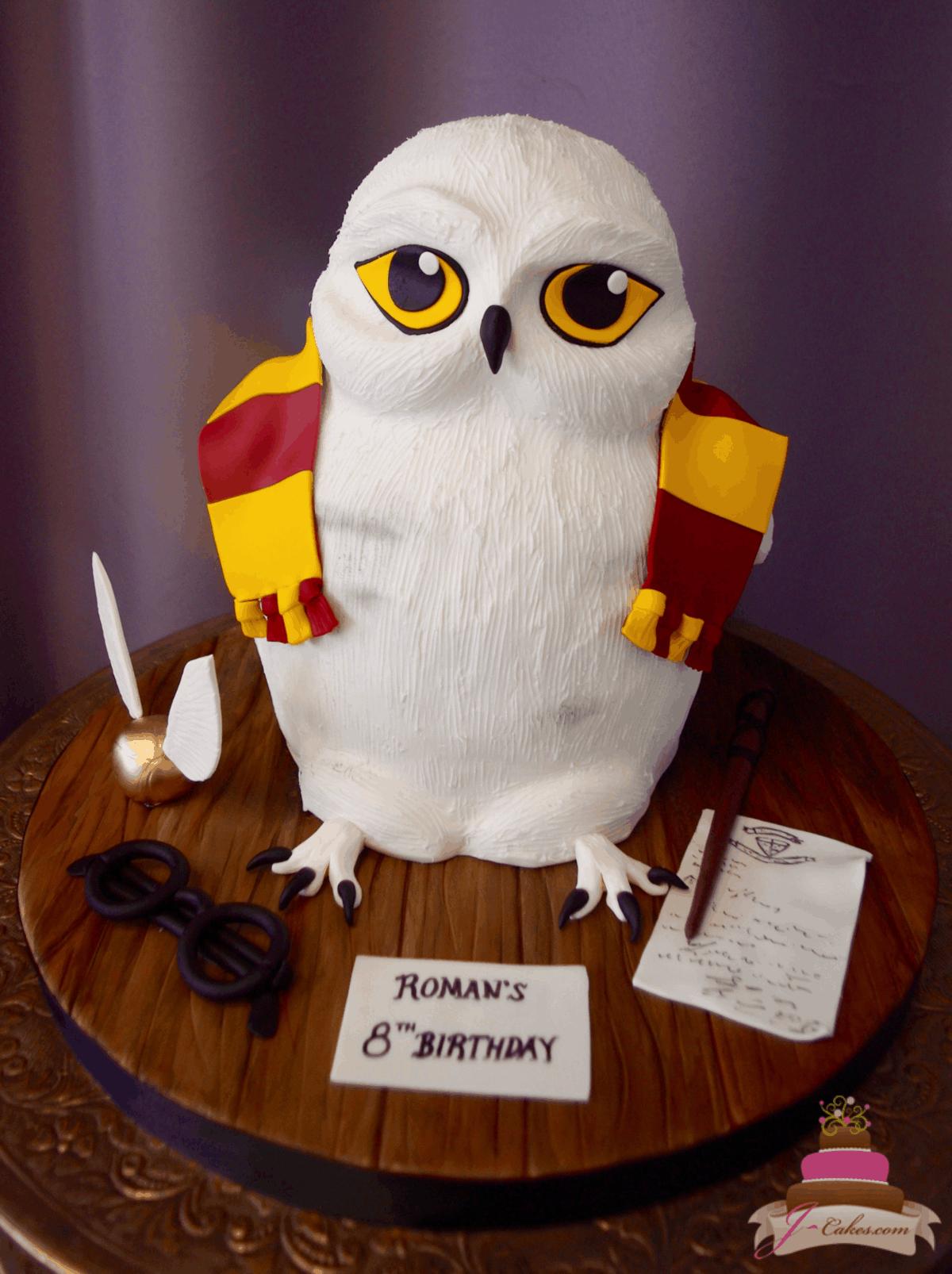 (532) 3D Owl Cake