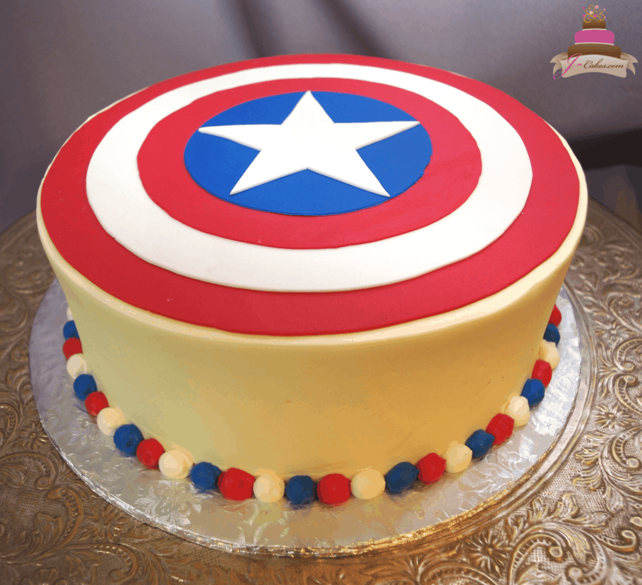 (552) Captain America Cake