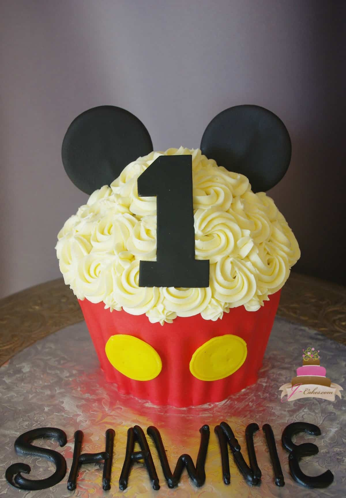 (509) Mickey Mouse Giant Cupcake