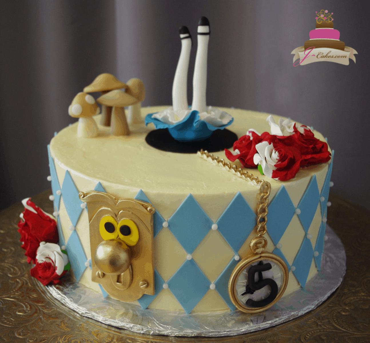 (543) Alice in Wonderland Cake
