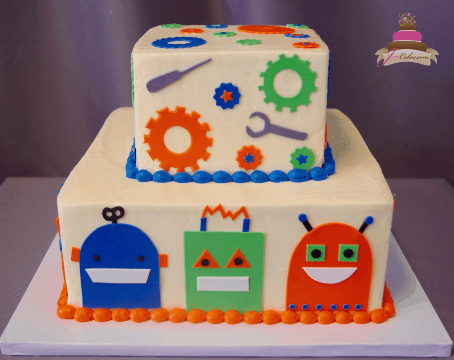 (539) Robot Tiered Cake