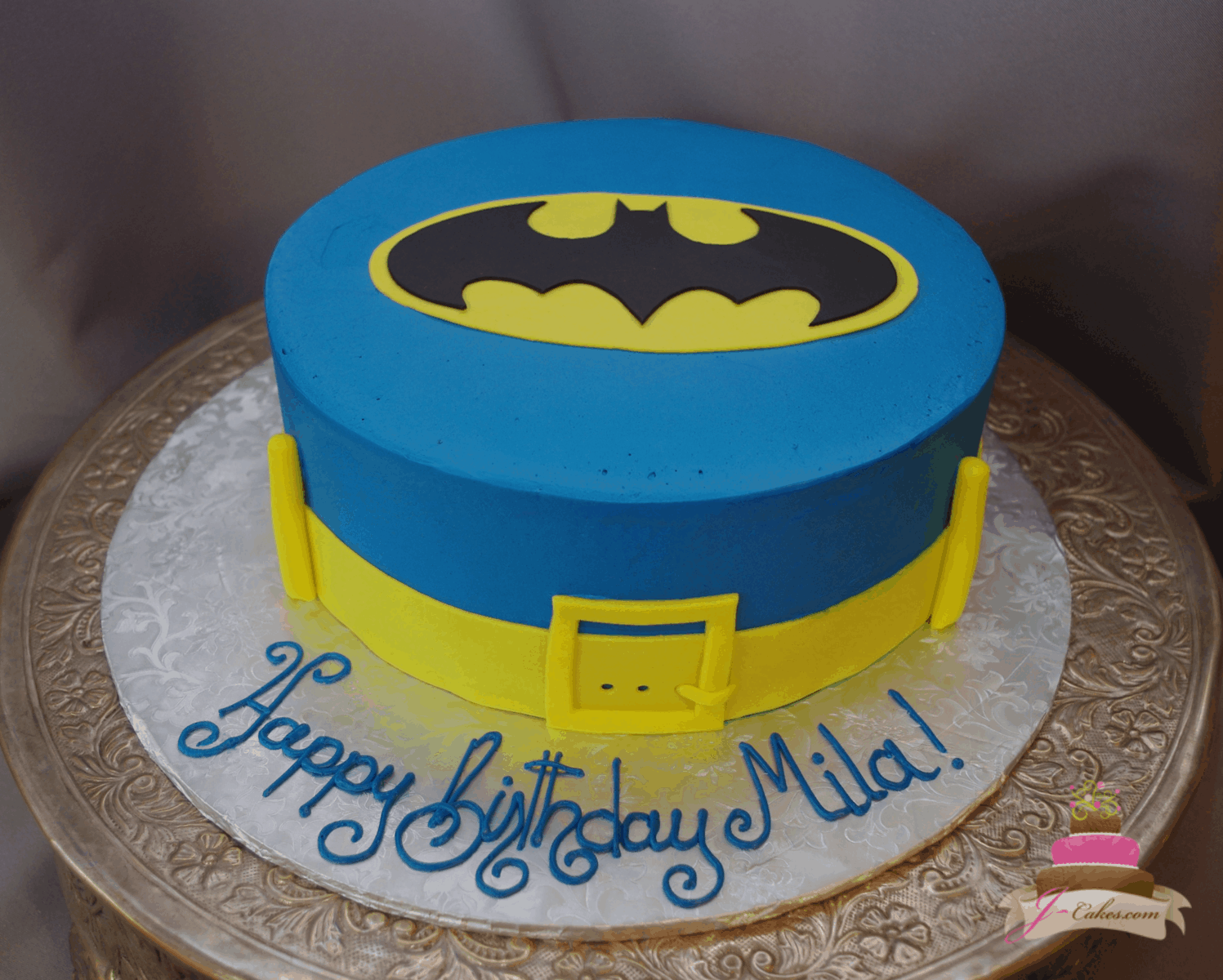 550 Batman Belt Cake