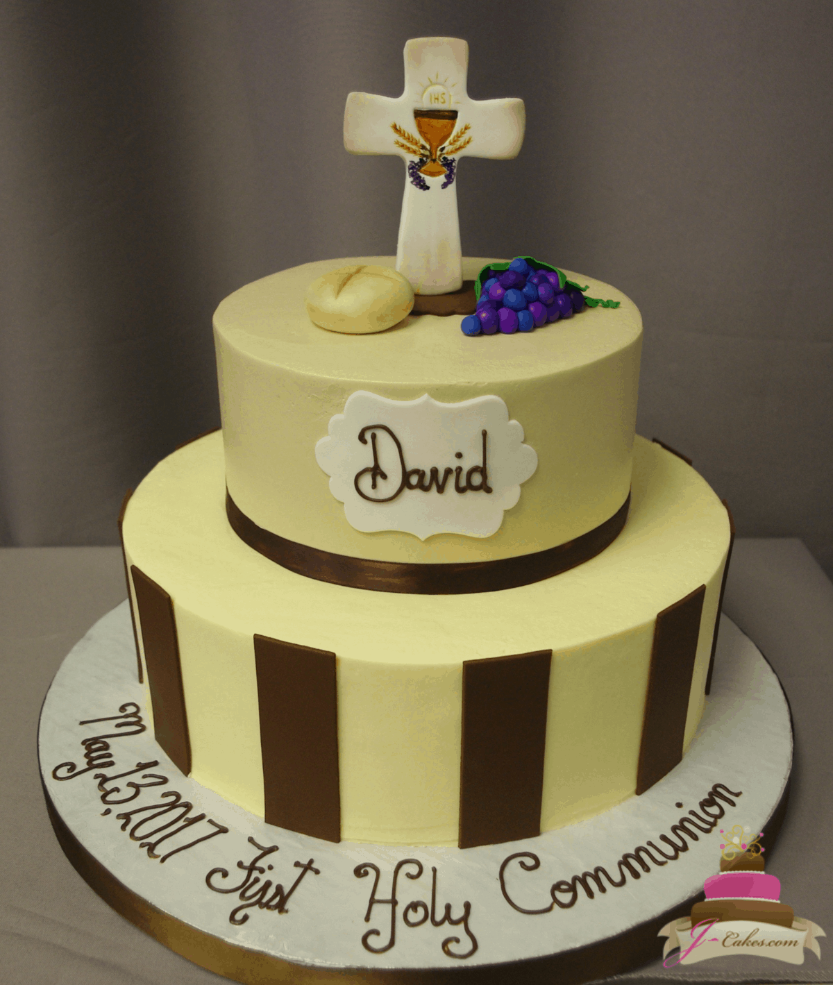 (2022) Tiered Communion Cake