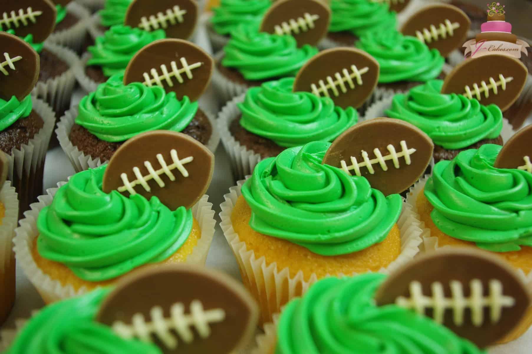 (637) Football Cupcakes