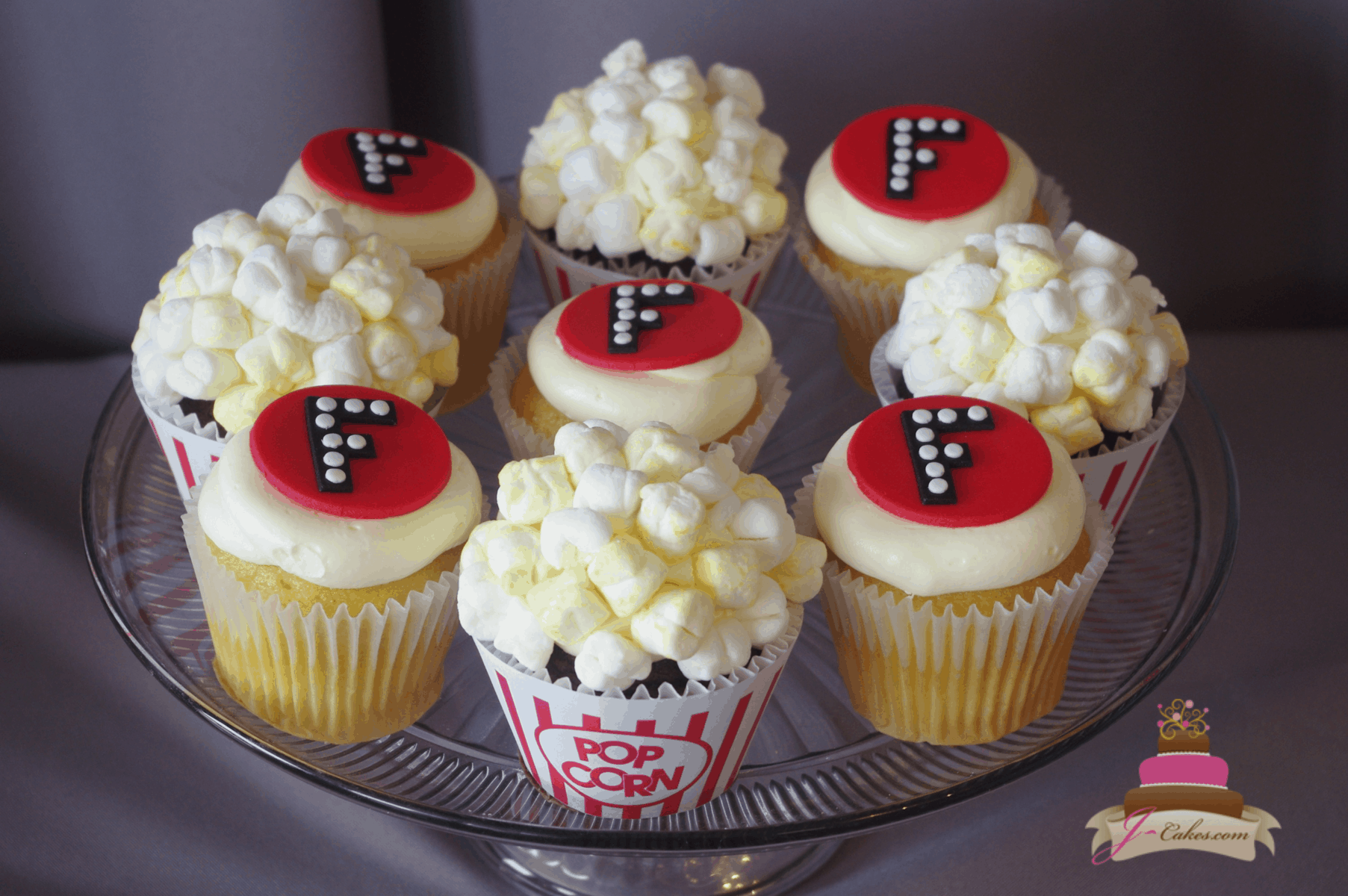 (656) Movie Theme Cupcakes