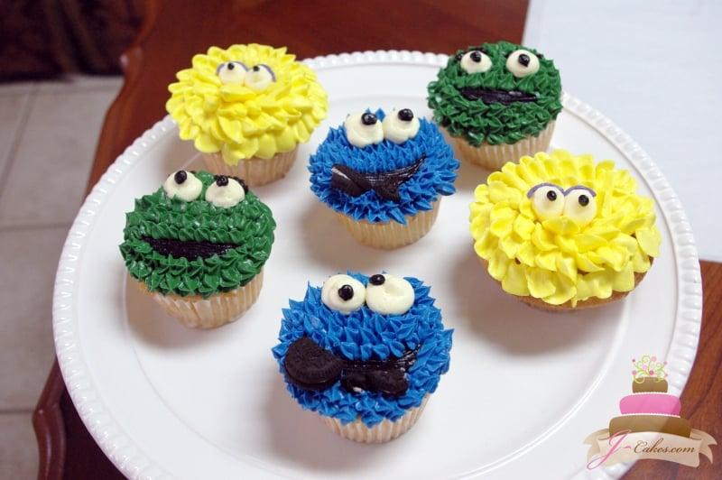 (607) Sesame Street Cupcakes