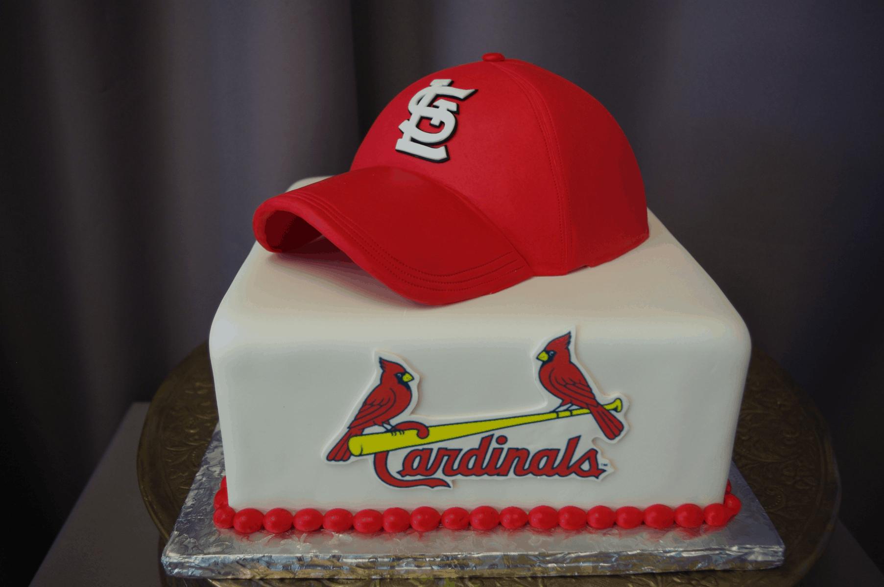 (733) Cardinals Baseball Cake