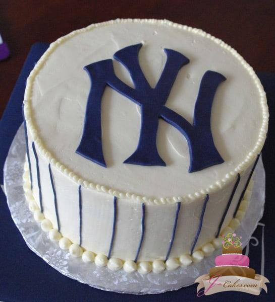 (703) Simple NY Yankees Groom's Cake