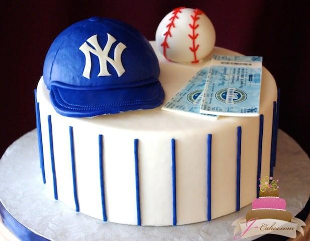 (715) NY Yankees Theme Groom's Cake