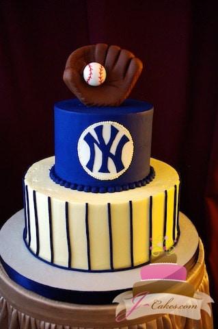 (719) NY Yankees Tiered Groom's Cake