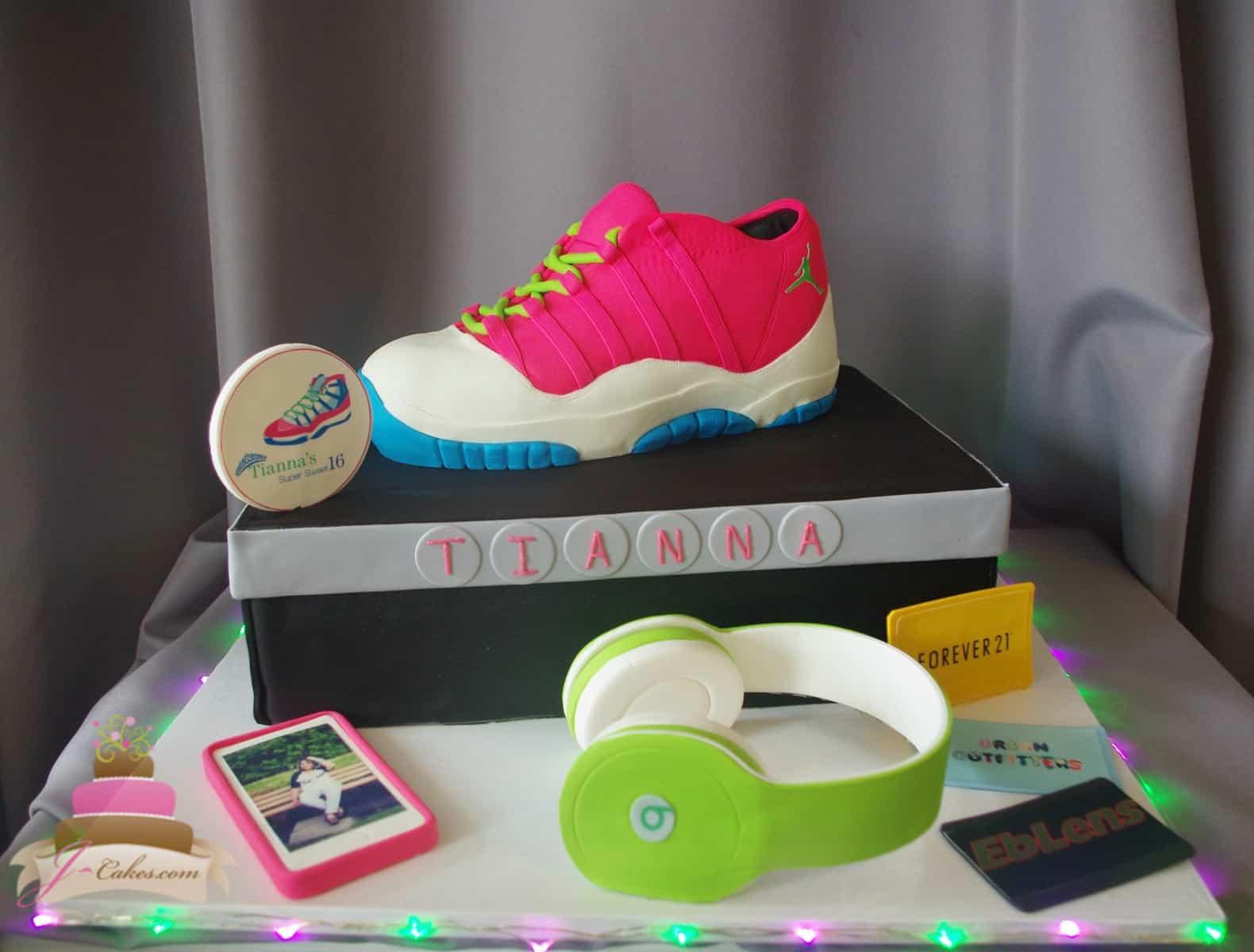 (929) Air Jordan Sweet 16 Cake
