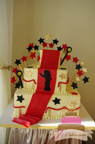 (912) Red Carpet Sweet 16 Cake