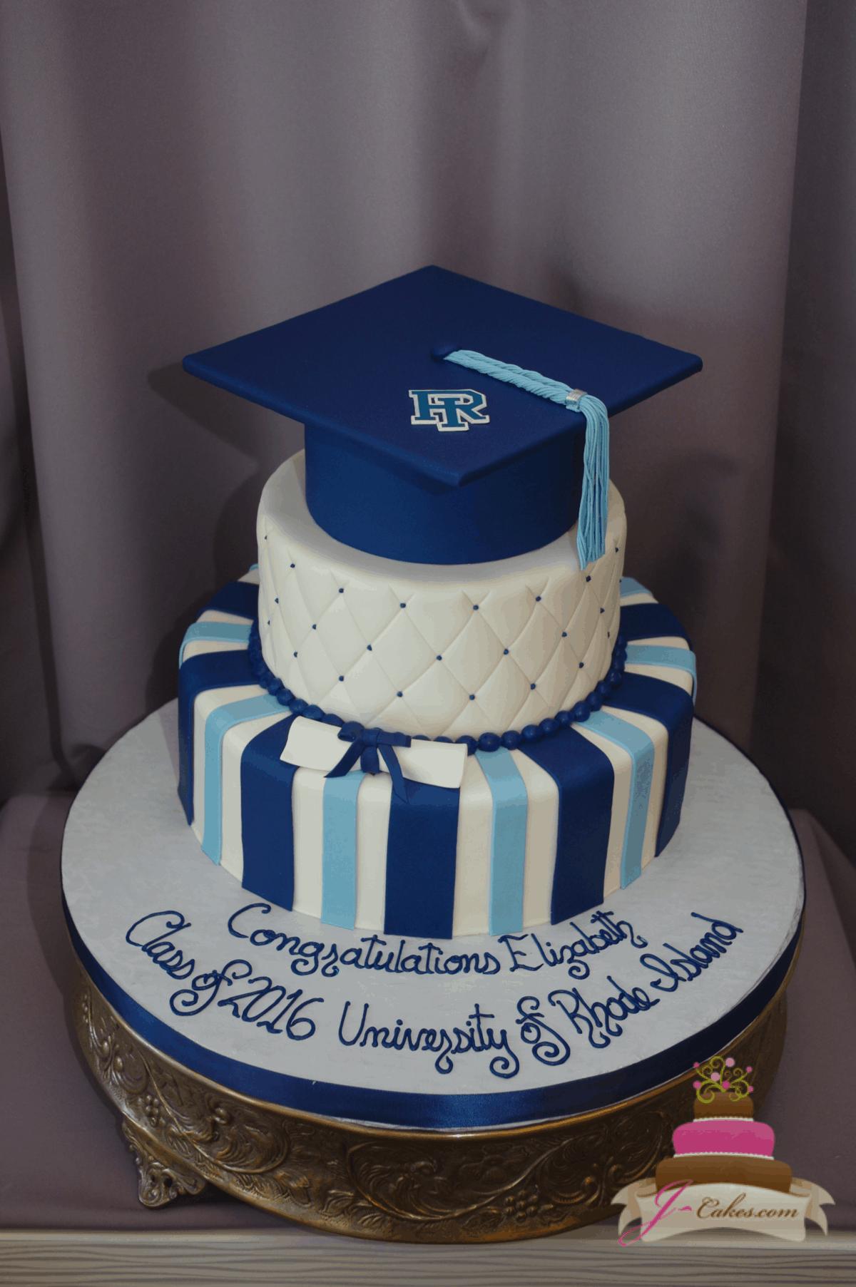(847) Quilted Fondant Gradutation Cake