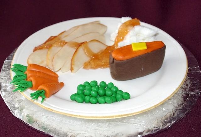 (829) Fondant Thanksgiving Dinner