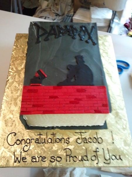 (835) Book Cake
