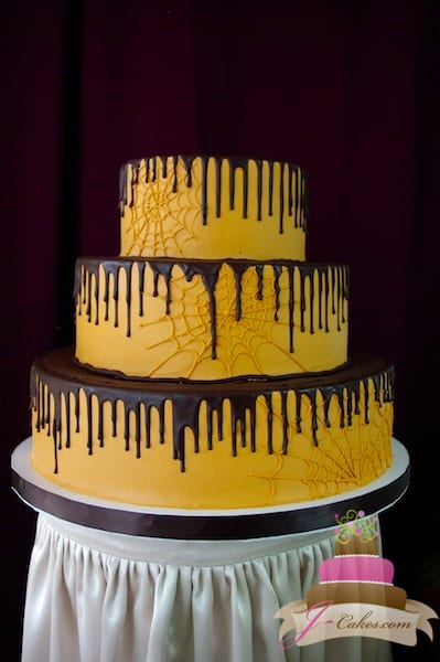 (1110) Spooky Spider Web Wedding Cake