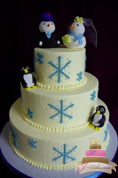 (1118) Winter Theme Wedding Cake with Penguins