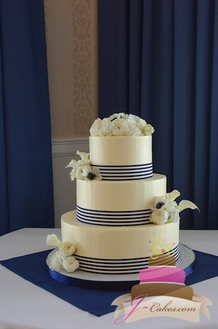 (1041) Striped Ribbon Wedding Cake