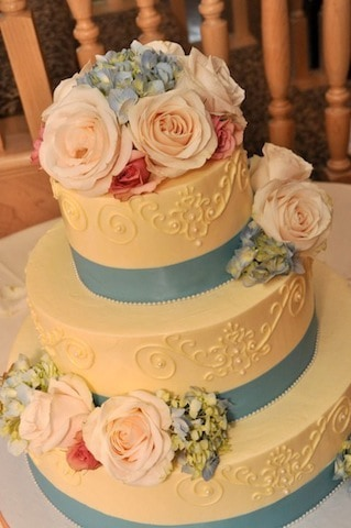 (1119) Queen Anne Wedding Cake with Pink and Blue Flowers