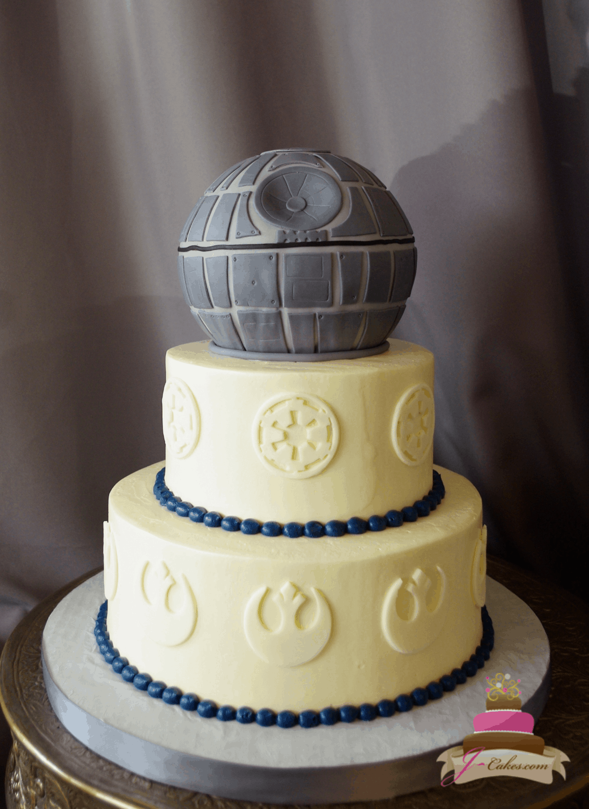(1168) Star Wars Theme Wedding Cake