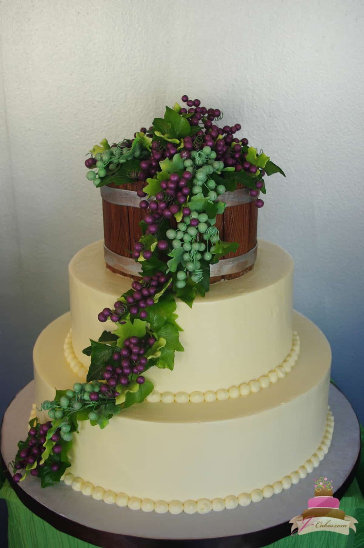 (1154) Wine Barrel Wedding Cake