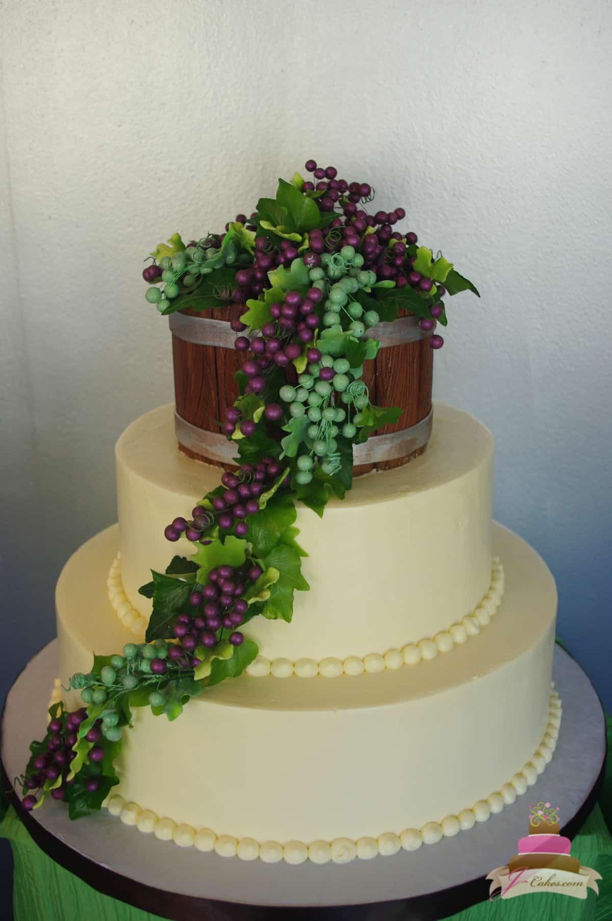 (1154) Wine Barrel Wedding Cake