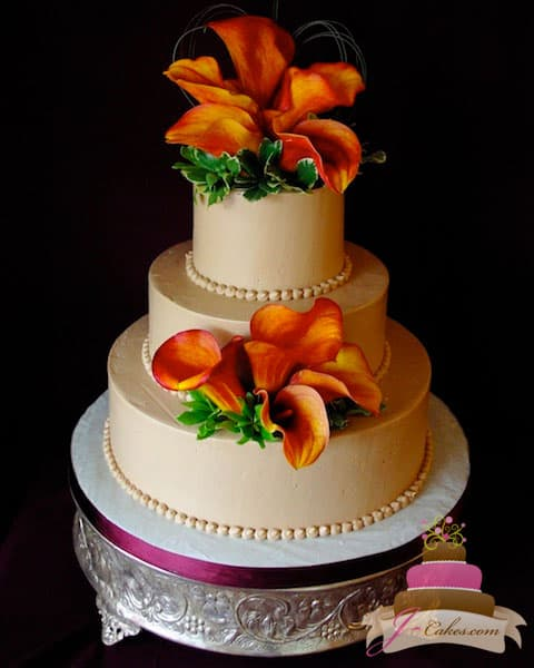 (1139) Mocha-Frosted Wedding Cake with Calla Lilies