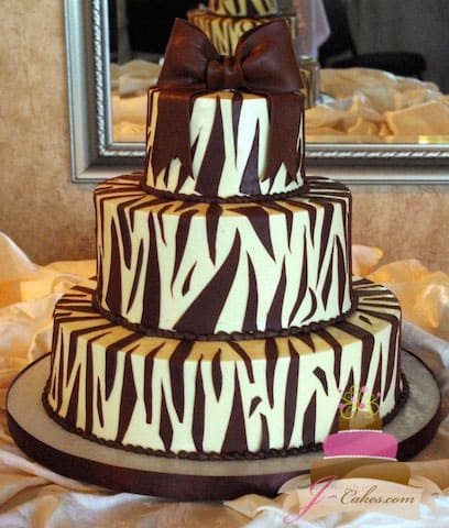 (1006) Zebra Stripe Wedding Cake