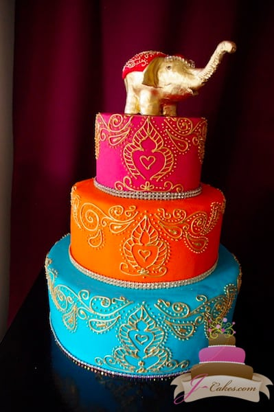(1021) Gold Henna Scroll Wedding Cake