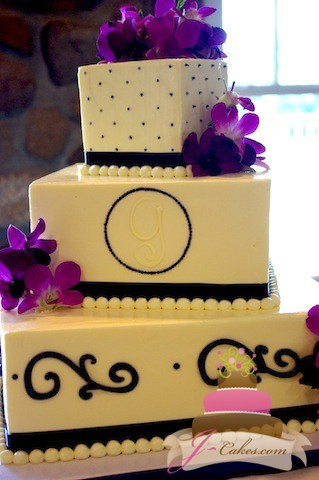 (1048) Purple Monogram Wedding Cake