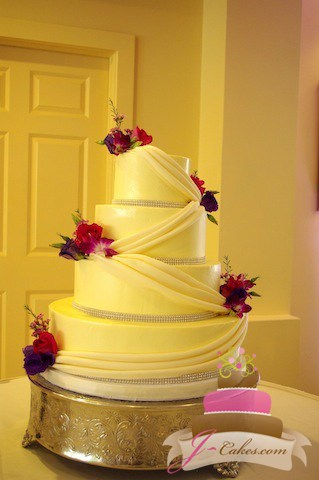 (1058) Fondant Swag Wedding Cake with Rhinestones