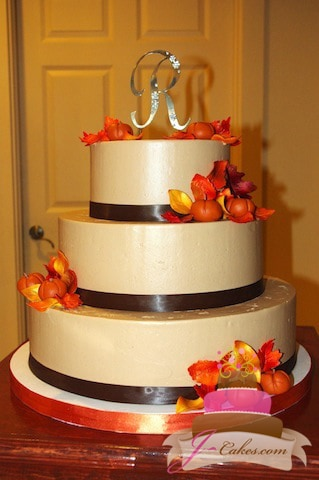 (1077) Autumn Theme Wedding Cake