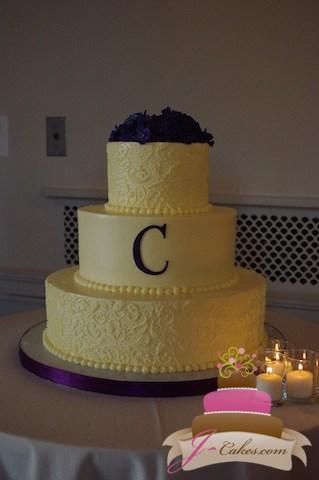 (1079) Paisley Wedding Cake with Fondant Monogram
